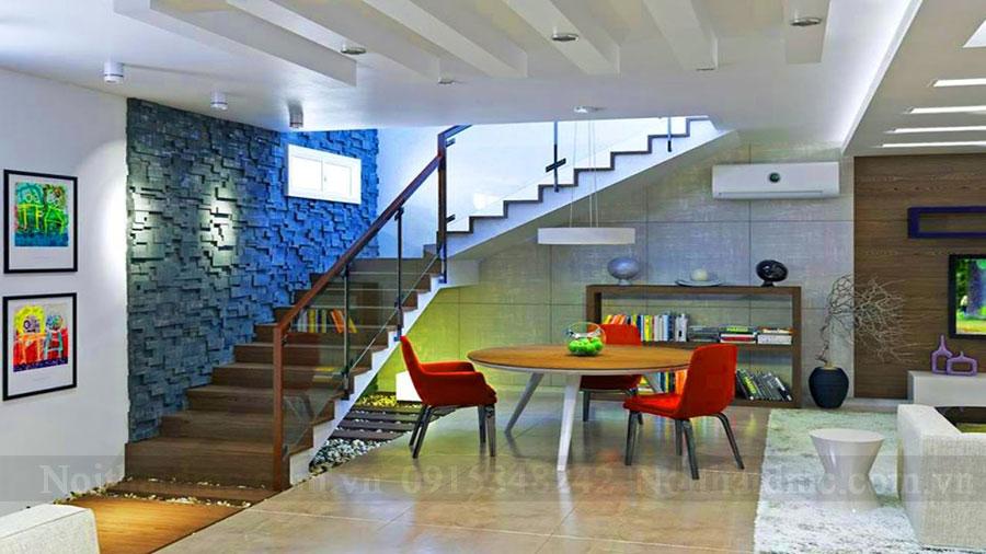 Thiết kế nội thất với cầu thang ấn tượng